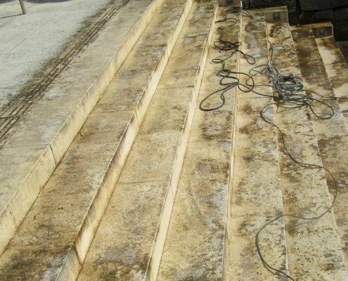 Treppenanlage-Kalkstein-Reinigung-Feinschliff-Impraegnierung